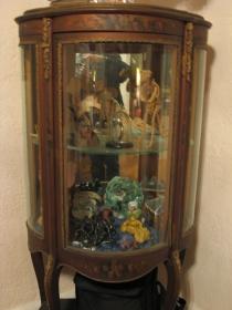 curiocabinet1.jpg